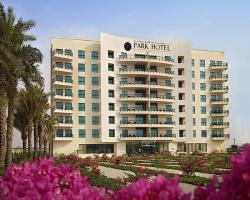 Park_Hotel_Apartments_High-Res_-_Facade3eec4d.jpg